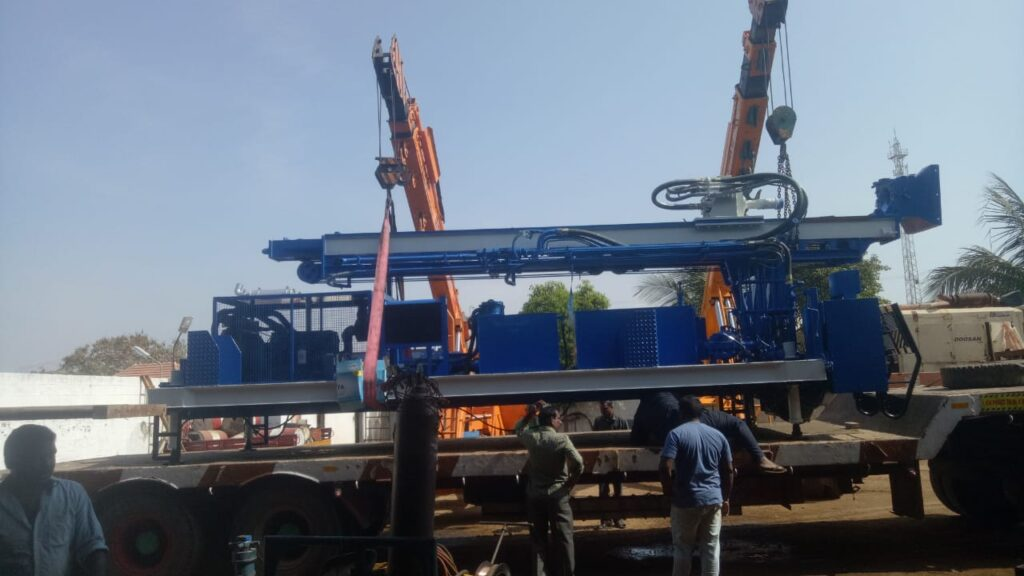 PDTHR-300 Skid Mounted Water Well Drilling Rig